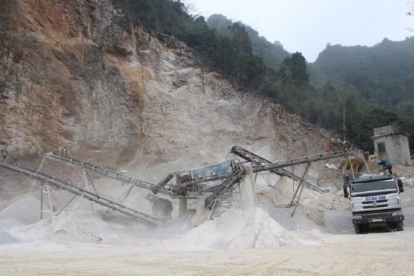 Khai thác đá làm vật liệu xây dựng thông thường. ảnh (BCB)